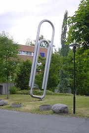 Канцелярская скрепка Норвежского сопротивления