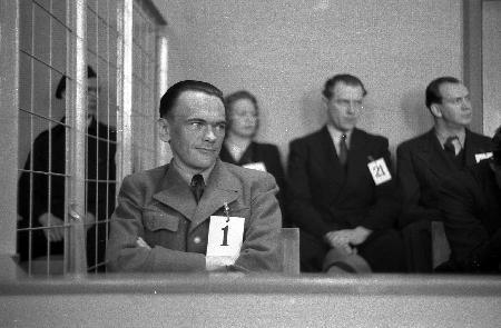 Генри Риннан на суде