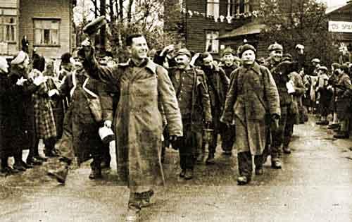 День Победы в Усе, Норвегия, русские военнопленные из лагеря Леслате