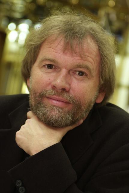 Юстейн Гордер - известный норвежский писатель и публицист